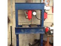 50 tonne press