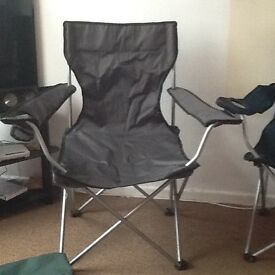 2 collapsible chairs