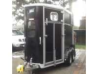 2015 506 horse trailer as new