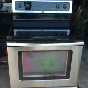 Whirlpool Gold stainless steel stove