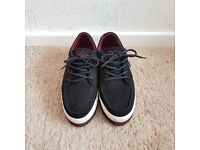 Women's DC black creepers in a size 5