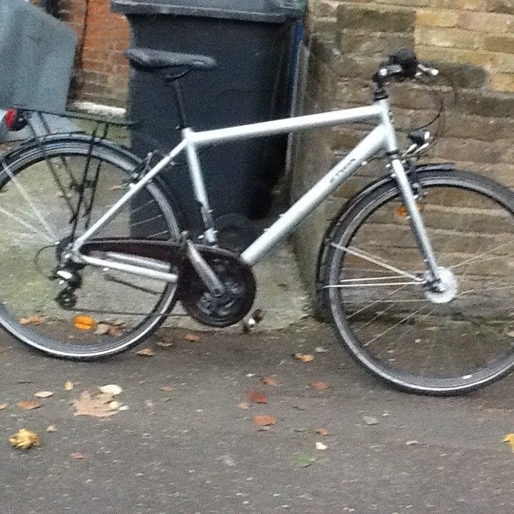 Adult B-TWIN lightweight mint condition large frame bike