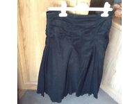 BLACK SKIRT SIZE 10 COTTON MATERIAL - GOOD CONDITION ONLY WORE FEW TIMES