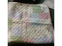 Single quilted bedspread