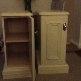 BARGAIN - pair of off white bedside cabinets