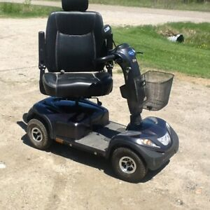 Comet HD 4 Wheel Scooter For Sale.