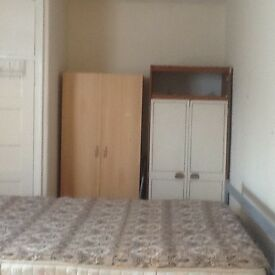 One large double room in Kingsbury
