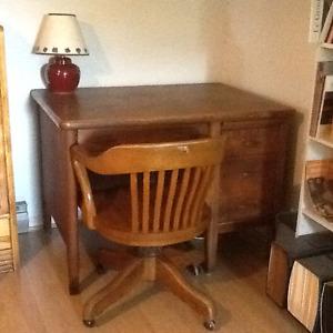 bureau et chaise en chêne solide