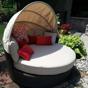 PREMIUM 5 FT ROUND DAY BED in Sunbrella Fabric