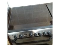 Indesit cooker,easy clean