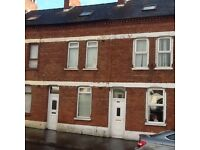 Ainsworth Avenu, Belfast. DSS FAMILY WANTED- LOW DEPOSIT .