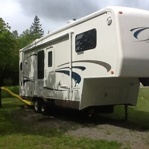 2002 Carriage Cameo 5th Wheel 27ft Trailer