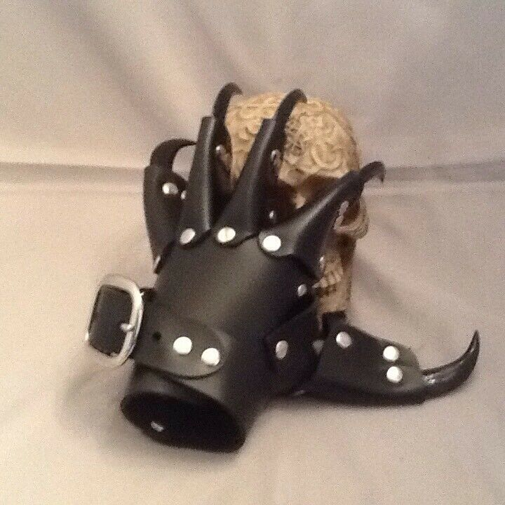 Black Leather Black Claw Gauntlets Gothic Gloves W/ Thumb Claw (L/H Only)