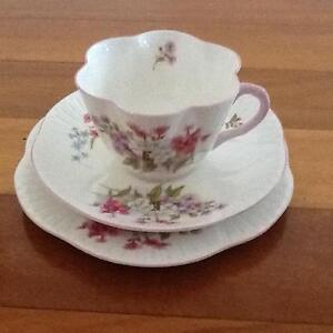 """Shelley Dainty """"Stocks"""" Cup, Saucer and Plate Trio Taren Point Sutherland Area Preview"""