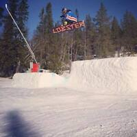 Single Snowboarder looking for a room near big white