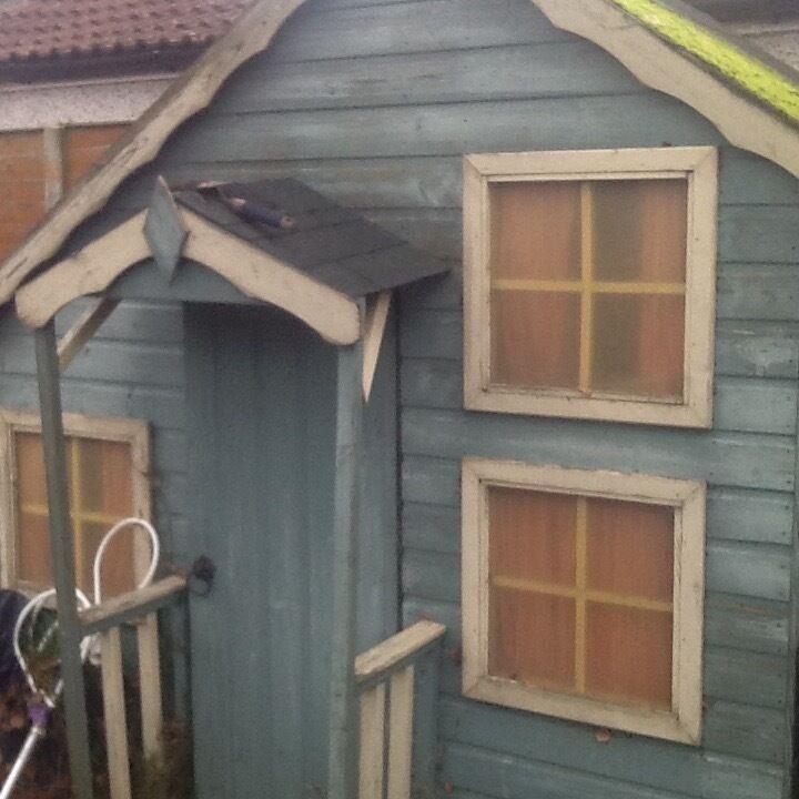Wooden play house, split level inside