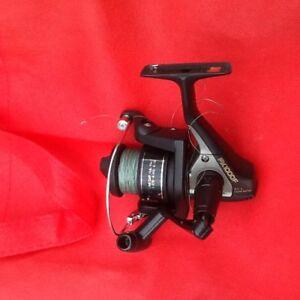 Shimano F 1000 fishing reel