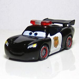 disney pixar cars police car lieutenant lightning mcqueen 1 55 diecast