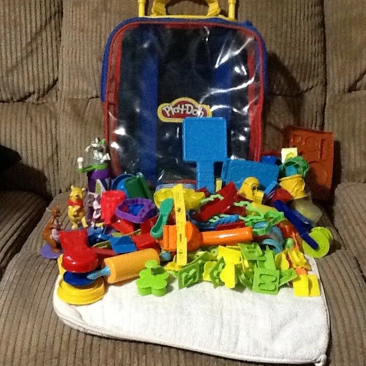 Children's small trolley case with Play Doh Assesories