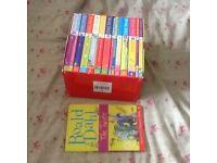 Roald Dahl complete box set very good condition