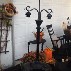 HALLOWEEN ITEMS AND CRAFTS