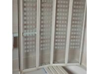 Glass shower bath screen