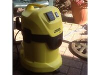 KARCHER WET AND DRY VACUUM
