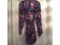 Ladies M & S short dressing gown size 10