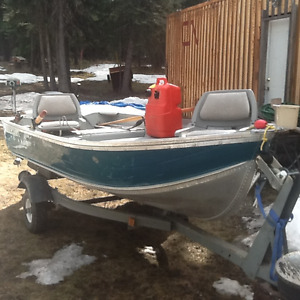 12' Harbercraft Classic Fishing Boat with Trailer