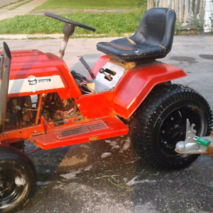 1977 sears gt pull/ mudding tractor
