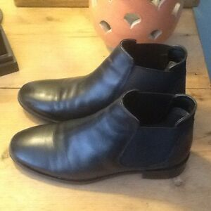 Topshop leather ankle boots.