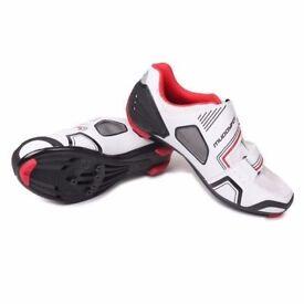 (2113) MUDDYFOX RBS100 Mens Cycling Shoes ROAD BIKING SHOES with Cleats, Size: UK 9.5, EU 43.5