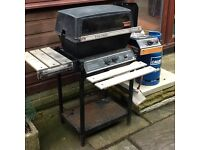 Gas barbeque/grill with side burner/food warmer and 7Kg gas bottle