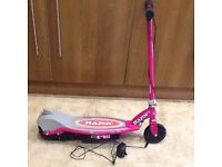 ELECTRIC SCOOTER RAZOR E90 (BRAND NEW) NOT CHARGING