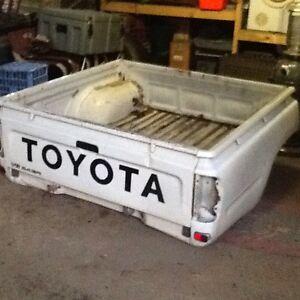 Toyota Hilux Tub & Rollbar Monbulk Yarra Ranges Preview