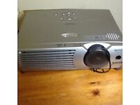 Sharp c20x lcd projector with screen