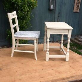 Small table and chairs for a child's room