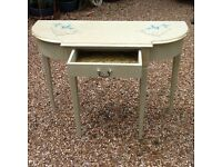 Console table - upcycled with Annie Sloan by Vintage Tilly