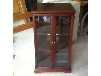 HiFi/Display cabinet
