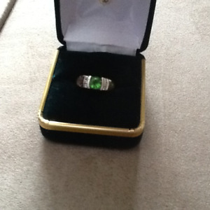 Green Idocrase Ladies Ring