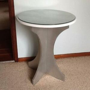 Side Table Wanniassa Tuggeranong Preview