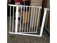 Child gate