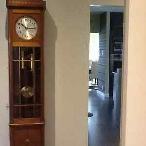 Horloge grand p re acheter et vendre dans ville de for Acheter crucifix mural
