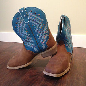 Ladies Justin Gypsy boots tan/teal
