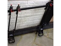 HALFORDS ROOF BARS & DOUBLE BIKE RACKS