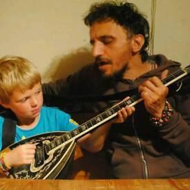 Fun Guitar lessons in North London