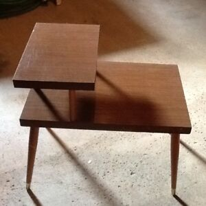 petites tables vintage