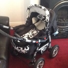 Baby buggy - car seat - baby bouncer