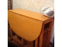 Drop leaf table with 6 chairs