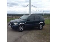 MERCEDES BENZ ML 320 SUV JEEP METALLIC GEEEN